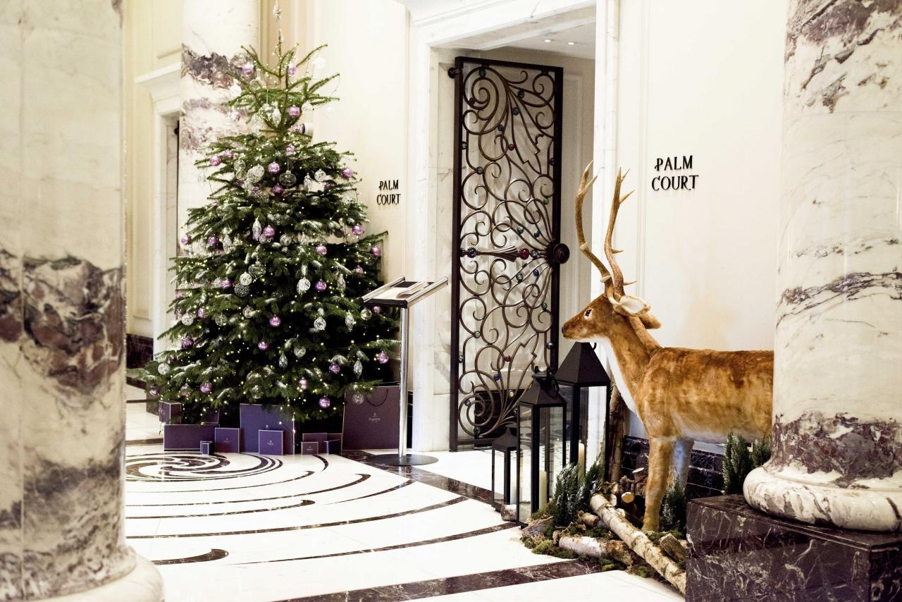 The festive decoration at the Langham. Photo: Laura for HdG Photography