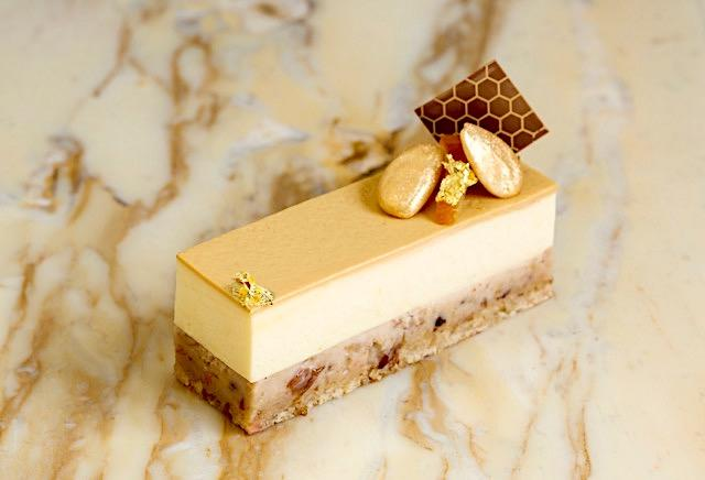 Christmas pudding gateaux by Sarah Barber