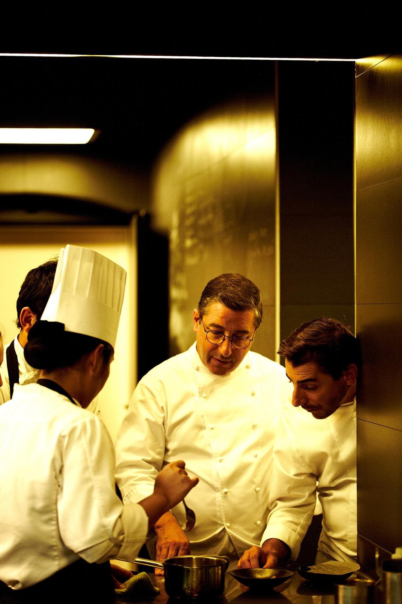 Joan and Jordi Roca in the kitchen. Photo: El Celler de Can Roca
