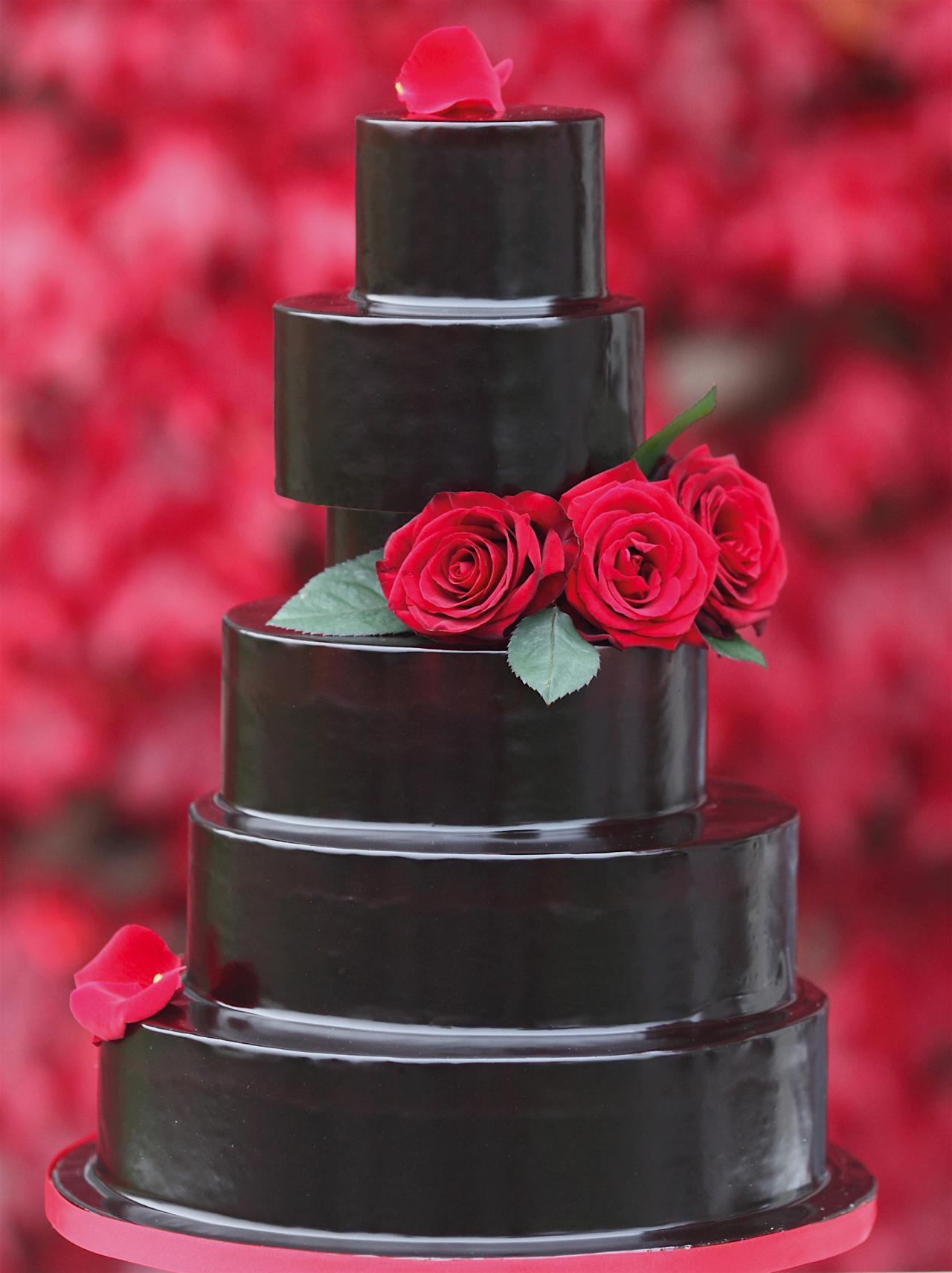 Rose glaze cake